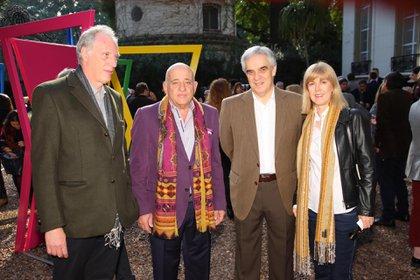Marcelo Huerno, Anibal Jozami, Francisco Javier Sandomingo Nuñez, embajador de España en Argentina y su esposa, Megan Kathleen Adams Carroll