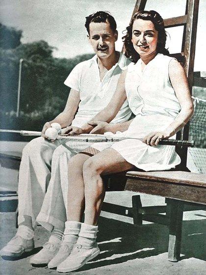 Mary Terán Con Heraldo en Fisherton 1942 (Foto: Twitter Rosario en el recuerdo)