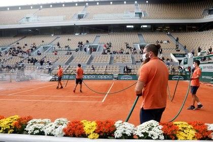el Stade Roland Garros recibirá a los mejores jugadores y jugadoras del mundo a fines de mayo próximo (Reuters)