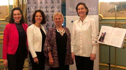 De izq a der: Marie Sinizergues, vicepresidente de Marianne, Claudia Scherer-Effosse, embajadora de Francia en Argentina, Patricia Pellegrini, presidente de Marianne, y Aude Maio-Coliche, embajadora de la Unión Europea en Argentina.