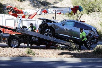 Así quedó el coche de Tiger Woods tras su brutal accidente al sur de California (EFE)