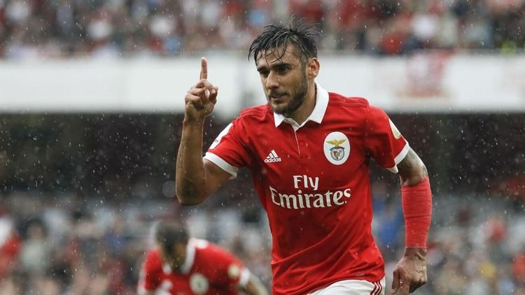 Salvio es muy querido en Benfica y la realidad del país lo aleja de Boca, que tratará de convencerlo