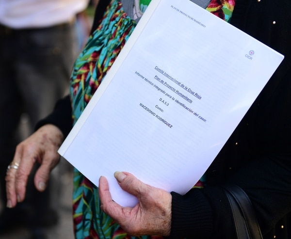 El documento de la confirmación que recibió la mayoría de los familiares
