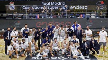 Real Madrid venció a Barcelona y se consagró campeón de la Supercopa