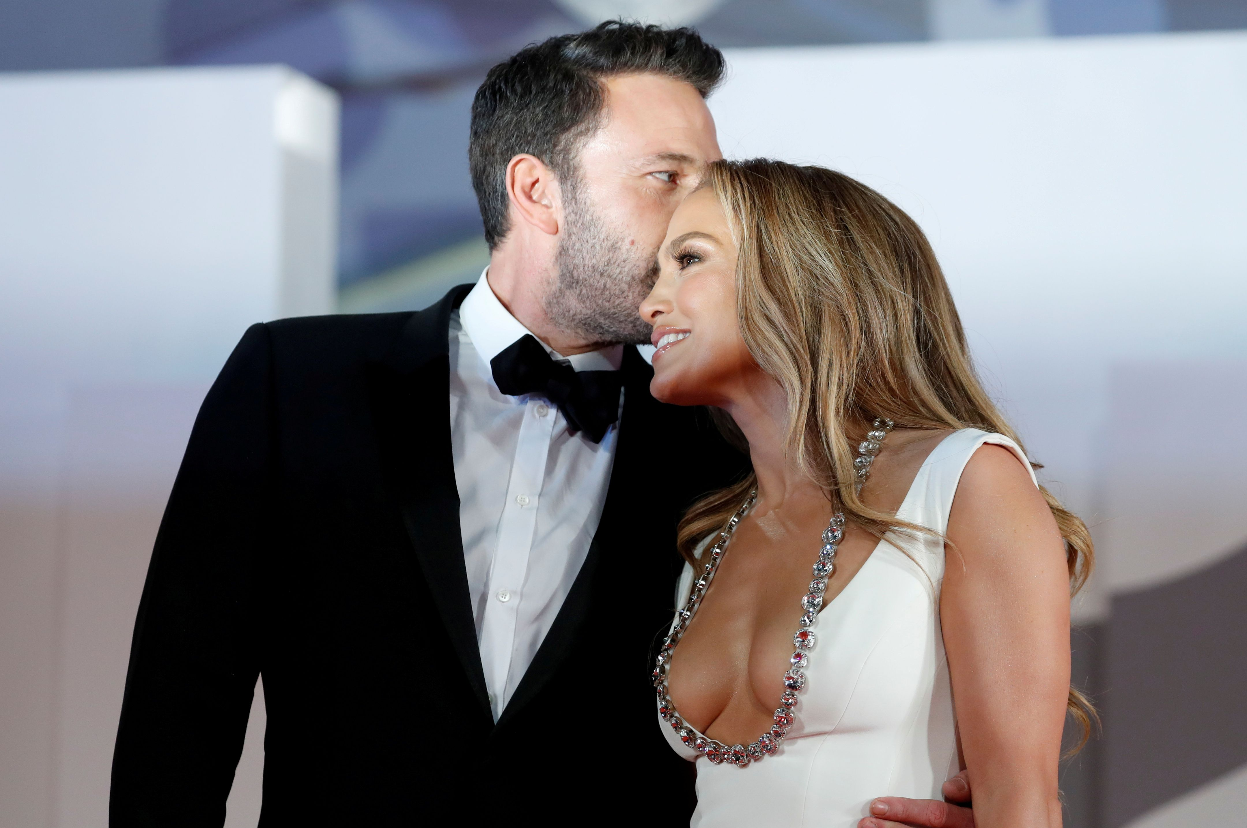 """The 78th Venice Film Festival - Premiere screening of the film """"The Last Duel"""" - Out of competition - Venice, Italy, September 10, 2021. Jennifer Lopez and Ben Affleck pose. REUTERS/Yara Nardi TPX IMAGES OF THE DAY"""