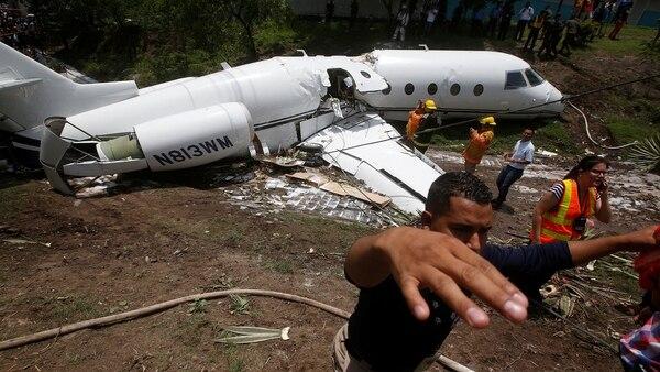 El avión estadounidense accidentado en Honduras (Reuters)