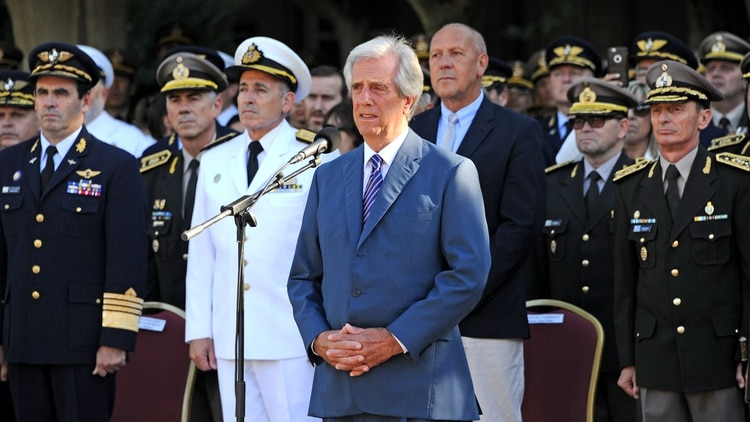 Tabaré Vázquez destituyó a la cúpula del Ejército (Presidencia Uruguay)