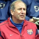 Football - Pre Season Friendly, Blackburn Rovers v F.C Barcelona, 12/8/01 FC Barcelona Coach Carles Rexach (Reuters)