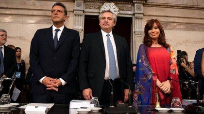 Por primera vez en su vida política, Alberto Fernández abrió las sesiones ordinarias del Congreso de la Nación. Estaba previsto que la Asamblea Legislativa arrancase a las 10.30 en el recinto de la Cámara de Diputados, pero se demoró y finalmente dio inicio después de las 11