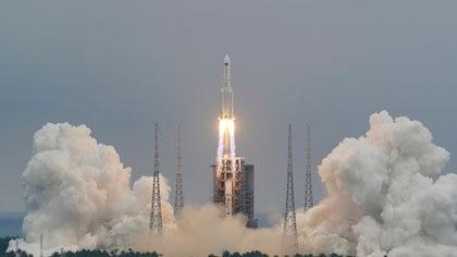 La NASA acusó a China de actuar irresponsablemente tras la caída descontrolada de su cohete