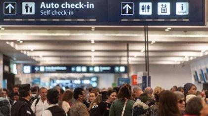 """El proceso de """"desregionalización"""" comenzó en mayo pasado para """"descomprimir"""" el aeropuerto porteño (Patricio Murphy)"""
