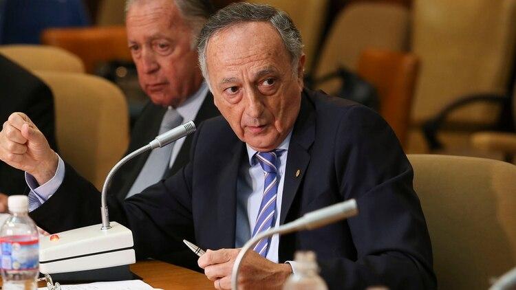 El presidente de la Union Industrial Argentina, Miguel Acevedo