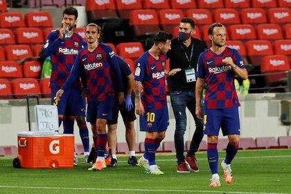 Sarabia y Messi no tuvieron una buena relación cuando coincidieron en el Barcelona (REUTERS/Albert Gea)