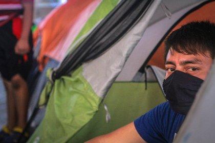Itsmania Platero, una activista por los derechos humanos, aseguró que la razón por la que los hondureños marcharán hacia México es que huyen de condiciones adversas (foto: EFE/Joebeth Terriquez)