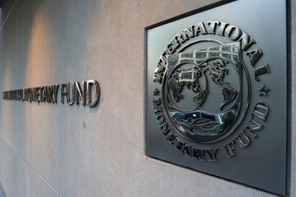 El Fondo Monetario Internacional (FMI) negocia un nuevo acuerdo con el Gobierno y empezó a dialogar con referentes técnicos de la oposición