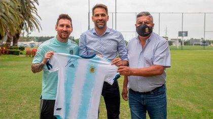 "Messi, Carreras y ""Chiqui"" Tapia"
