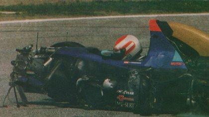 Ratzenberger luego del fatal accidente (Archivo CORSA).