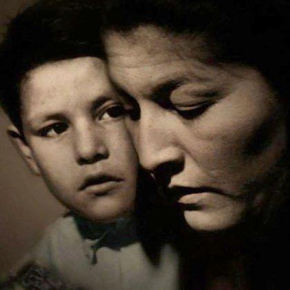 """A modo de homenaje, escribió el libro """"Mercedes Sosa, la mami"""" (Facebook)"""