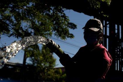 Algunos sectores de Bogotá severán afectados por la interrupción del servicio del agua. Imágen de apoyo. EFE/Rodrigo Sura/Archivo