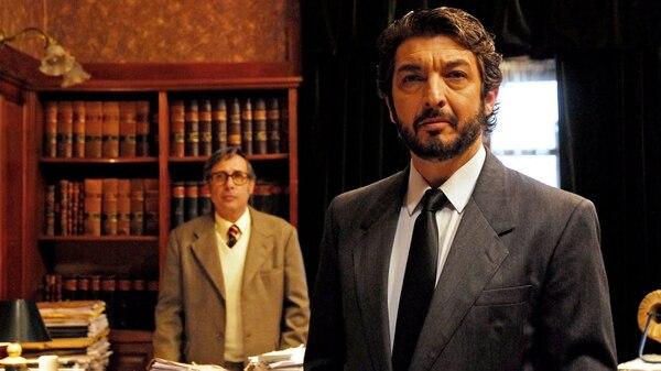 Darín y Francella en otra de las escenas de la película argentina ganadora del Oscar