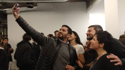 Precandidatos a comuneros de Caballito se tomaron fotos con el presidente de San Lorenzo