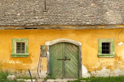 En las últimas dos décadas, Hungría ha reclamado en silencio su lugar como uno de los productores de vino más importantes de Europa. El modesto pueblo de Etyek, se ha convertido en un destino depreferencia para los enófilos