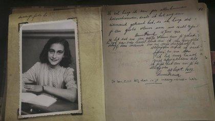 """""""Diario de Ana Frank"""": publican la versión completa, que revaloriza su rol como escritora"""
