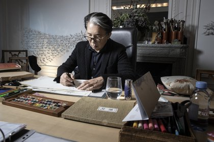 Seis años después de su primera colección, fundó su propia marca con solo su nombre de pila. Lanzó su primera línea masculina en 1983; su primer perfume, en 1988. En 1993, la firma fue adquirida por el grupo de lujo LVMH
