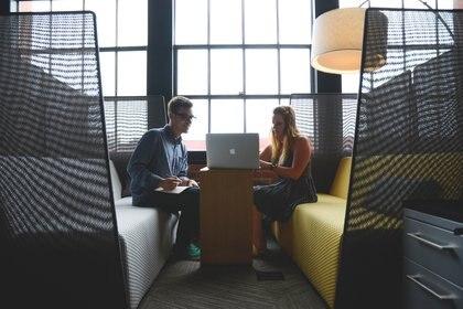 En el cruso se busca desarrollar habilidades para lograr una comunicación efectiva con el cliente. (pexels)