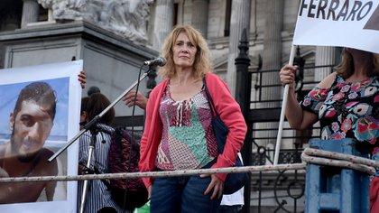 Alicia, mamá de Lautaro, habló frente al Congreso (Nicolás Stulberg)