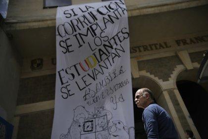 La Universidad Distrital convocó a un plantón en contra de la situación de corrupción que ocurre dentro de la institución. (Colprensa - Sergio Acero octubre 2019)