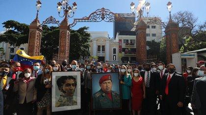 Los diputados chavistas (EFE/MIGUEL GUTIÉRREZ)