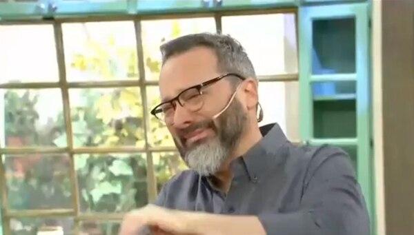 La emoción de Rozín al presentar a su entrevistado