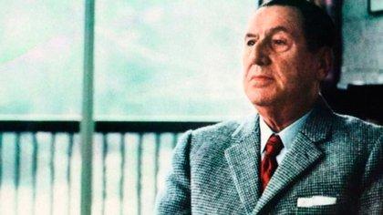 Juan Domingo Perón fue el presidente de mayor edad en asumir el cargo. Tenía 78 años cuando comenzó su tercera presidencia en 1973, que no pudo completar ya que falleció el 1° de julio de 1974.