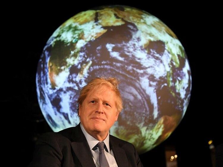 El primer ministro británico, Boris Johnson, asiste a un evento sobre cambio climático en Londres, Reino Unido. 4 febrero 2020. Jeremy Selwyn/Pool vía Reuters