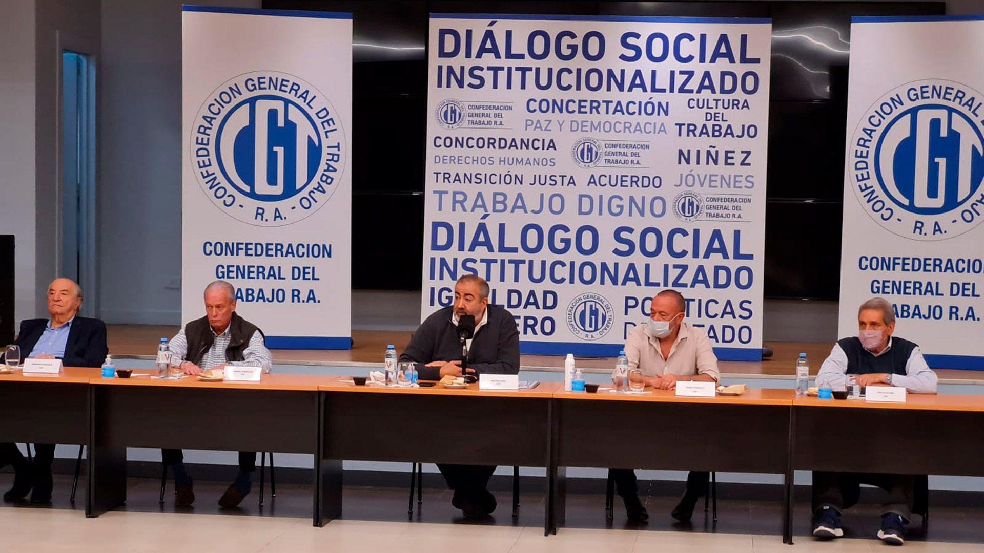 Se reunió el consejo directivo de la CGT en la UOCRA