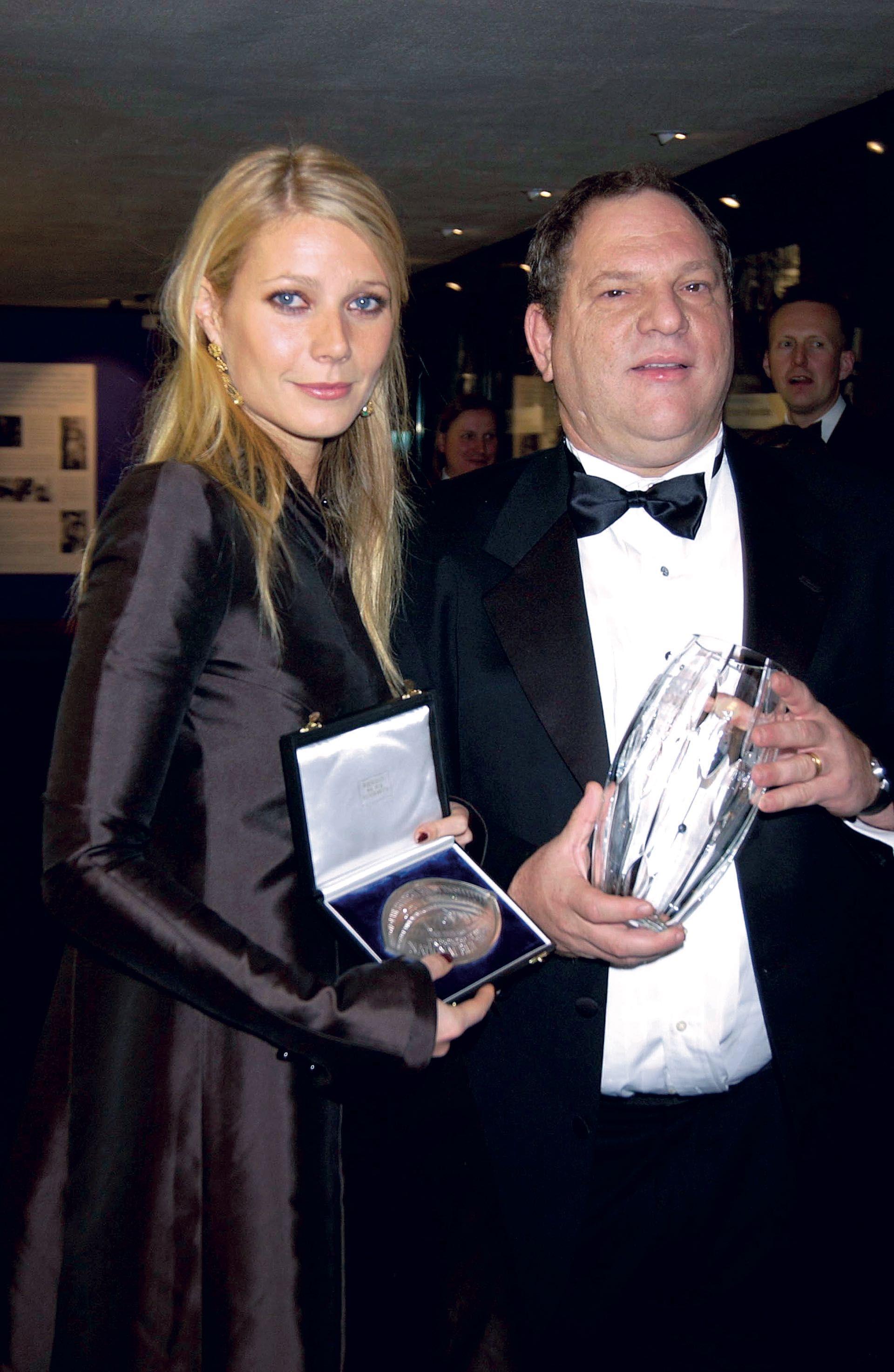 """Harvey Weinstein con Gwyneth Paltrow, la protagonista de """"Shakespeare in love"""""""