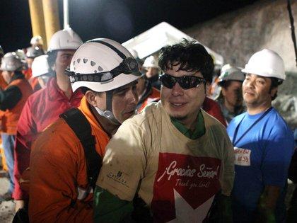 Raúl Bustos es uno de los únicos dos mineros que no se plegó a la demanda contra los órganos estatales. La Justicia falló a favor de los damnificados o ordenó al fisco a pagarle 80 millones de pesos chilenos a cada uno. El Estado apeló: lo resolverá la Corte Suprema (AP)