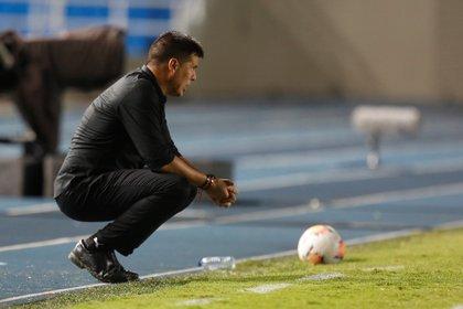 En la imagen, el técnico de América, Juan Cruz Real. EFE/ Ernesto Guzmán/Archivo