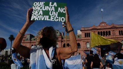 Hay movilizaciones en distintos puntos del país (Fotos: Nicolás Stulberg)