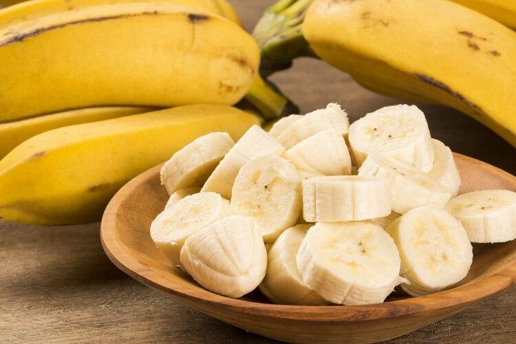 Las bananas maduras son suaves y dulces. Estas son fáciles de digerir
