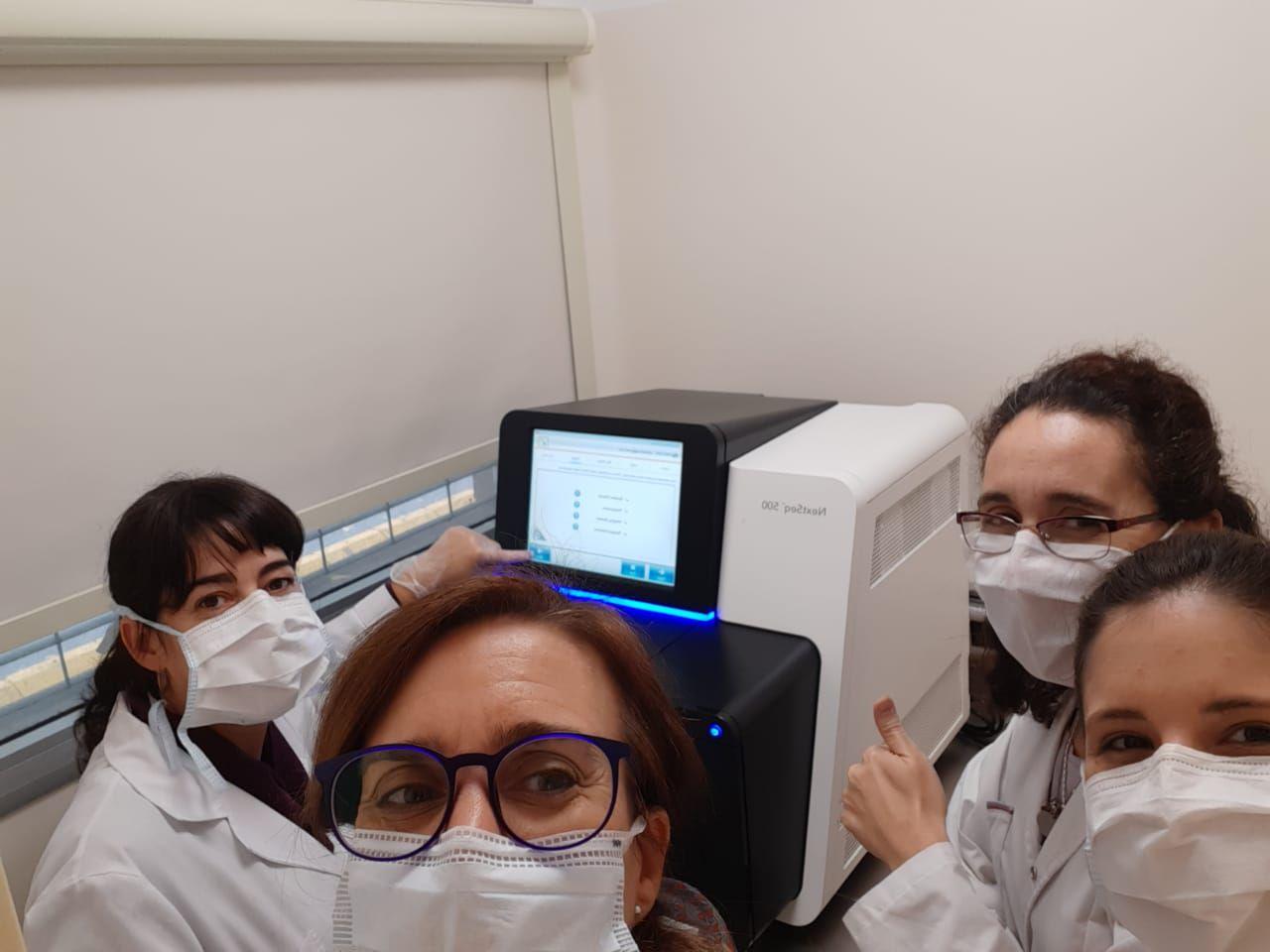 Mariana Viegas y Mercedes Soledad Nabaes Jodar, investigadoras del laboratorio de virología del Hospital de Niños Ricardo Gutiérrez