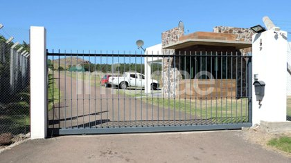 """Allanamientos en la mansión """"El Gran Chaparral"""", en Piriápolis"""
