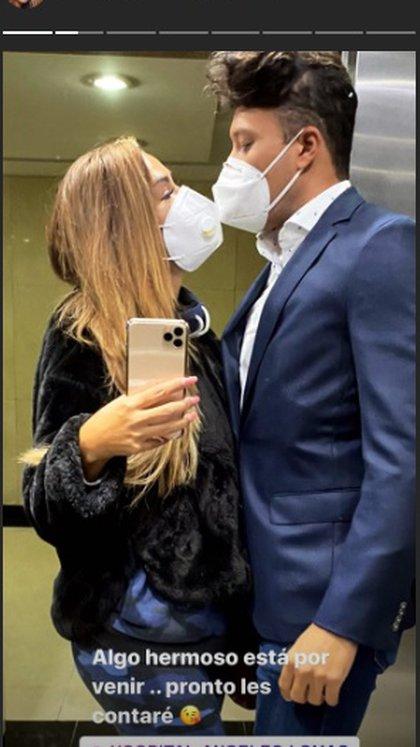 Ninel Conde sorprendió con esta imagen junto a su novio y desató dudas sobre un posible embarazo