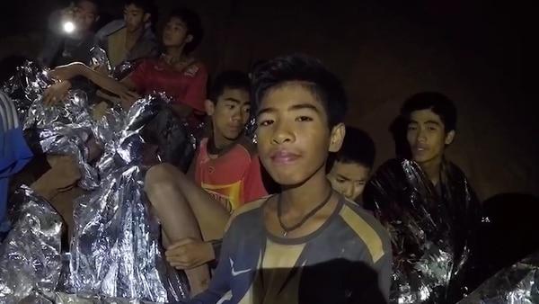 El grupo de niños atrapado en las cuevas de Tailandia
