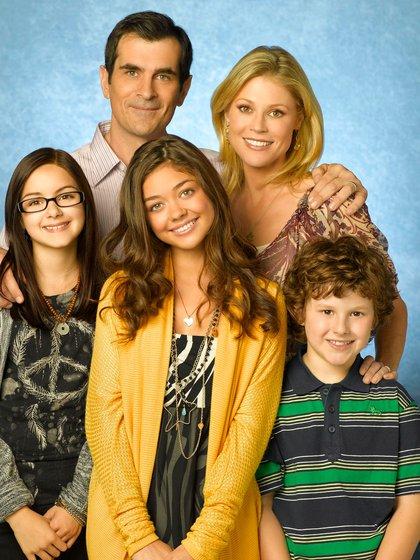 "Los Dunphys, en la primera temporada de ""Modern Family"" (Foto: Bob D'Amico/ Abc-Tv/ Kobal/ Shutterstock -5886190br-)"