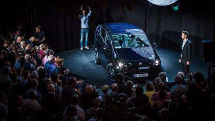 El Sono Sion fue presentado en Múnich, Alemania, ante 700 invitados