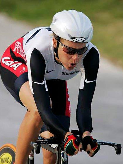 Dotsie Bausch, ex ciclista olímpica (AP)