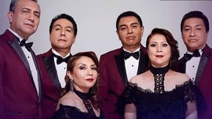 Los Ángeles Azules es una agrupación musical originaria de Iztapalapa, en la Ciudad de México (IG: angelesazulesmx )