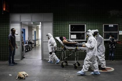 Aunado a los contagios, también se presentaron otras formas en las que la disparidad se ve representada (Foto: EFE/ Raphael Alves)